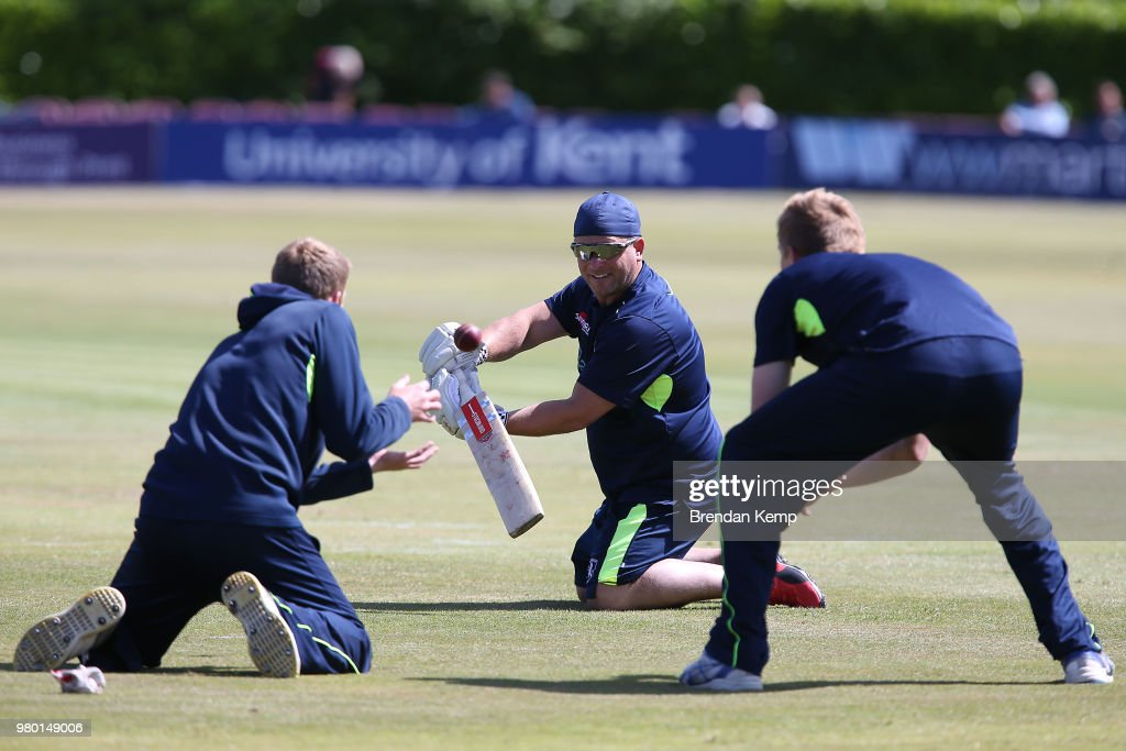 Kent v Warwickshire - Specsavers County Championship Div 2