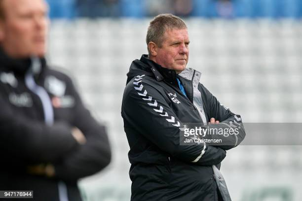 Kent Nielsen head coach of OB Odense in action during the Danish Alka Superliga match between OB Odense and Randers FC at EWII Park on April 15 2018...