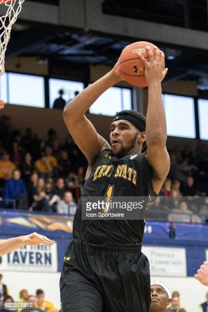 Kent State Golden Flashes C Adonis De La Rosa grabs a rebound during the second half of the men's college basketball game between the Central...