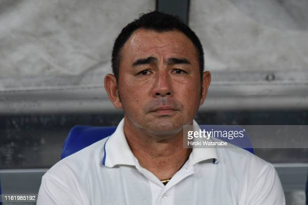 Kenta Hasegawa,coach of FC Tokyo looks on prior to the J.League J1 match between FC Tokyo and Kawasaki Frontale at Ajinomoto Stadium on July 14, 2019...