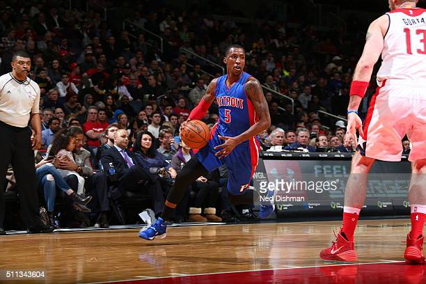 Kentavious CaldwellPope of the Detroit Pistons dribbles the ball against the Washington Wizards on February 19 2016 at Verizon Center in Washington...