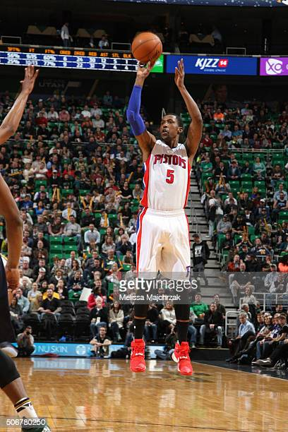 Kentavious CaldwellPope of the Detroit Pistons shoots against the Utah Jazz during the game on January 25 2016 at Vivint Smart Home Arena in Salt...