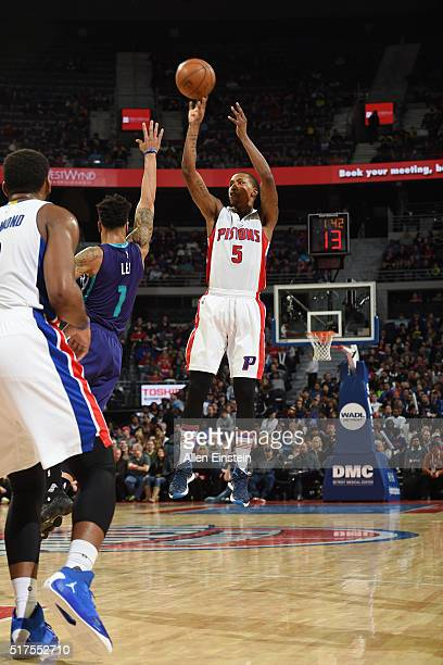 Kentavious CaldwellPope of the Detroit Pistons shoots the ball against the Charlotte Hornets on March 25 2016 at The Palace of Auburn Hills in Auburn...