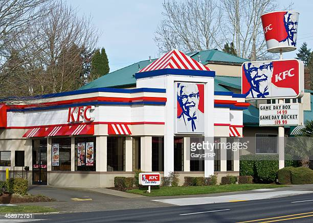 kfc kentucky fried chicken restaurant portland oregon entrance and signs - kentucky fried chicken stock photos and pictures