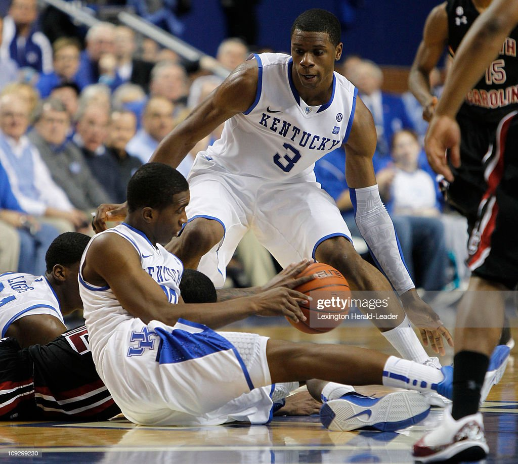 South Carolina v Kentucky : News Photo