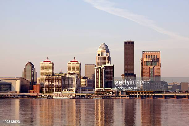 usa, kentucky, louisville, morning skyline - kentucky stock pictures, royalty-free photos & images