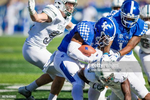 Kentucky running back Benjamin Snell Jr runs the ball during a regular season college football game between the Eastern Michigan Eagles and the...