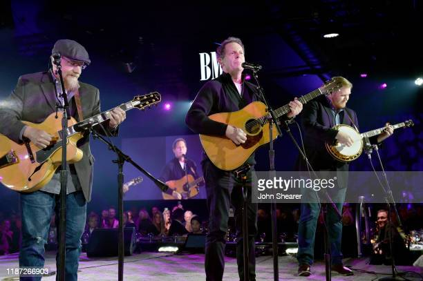 Kentucky Thunder performs onstage during BMI presents Dwight Yoakam with President's Award at 67th Annual Country Awards Dinner at BMI on November 12...