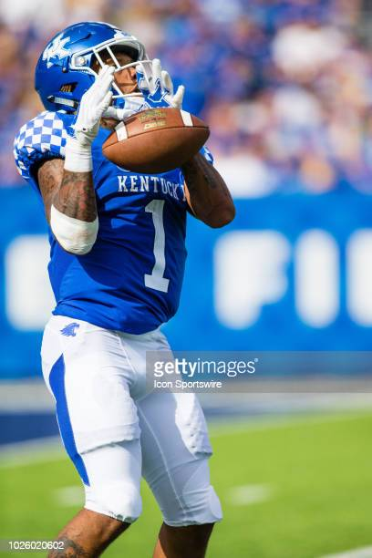 Kentucky wide receiver Lynn Bowden Jr fumbling a kickoff during a regular season college football game between the Central Michigan Chippewas and the...