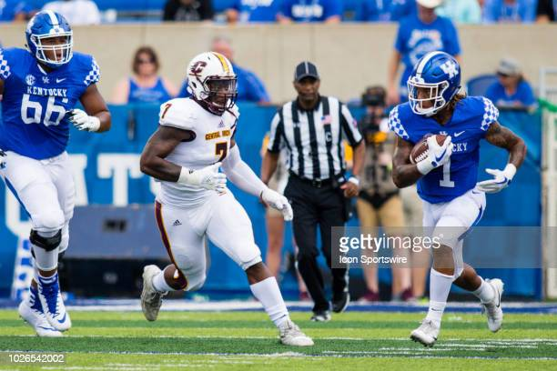 Kentucky wide receiver Lynn Bowden Jr runs the ball during a college football game between the Central Michigan Chippewas and the Kentucky Wildcats...