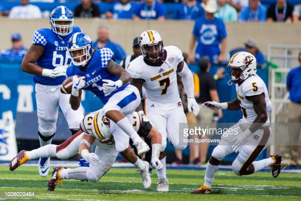 Kentucky wide receiver Lynn Bowden Jr runs the ball during a regular season college football game between the Central Michigan Chippewas and the...