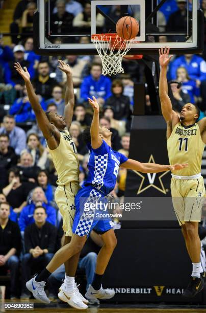 Kentucky Wildcats forward PJ Washington throws up a shot as the shot clock expires during the second half between the Kentucky Wildcats and the...