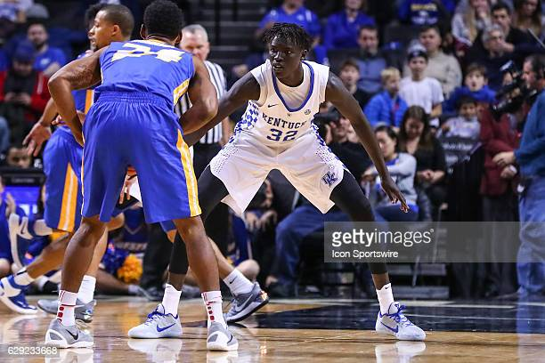 Kentucky Wildcats forward Wenyen Gabriel during the second half of the NCAA Men's basketball game between the Kentucky Wildcats and the Hofstra Pride...