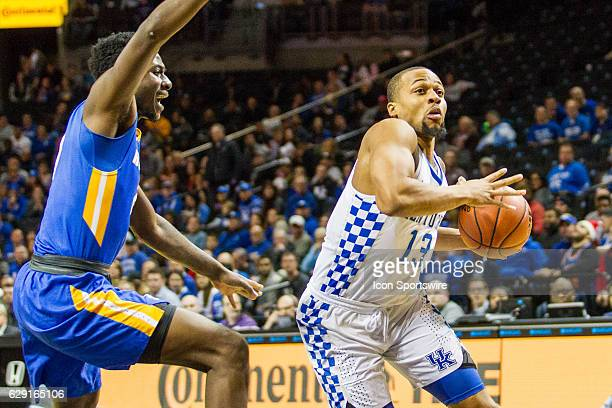 Kentucky Wildcats Guard Isaiah Briscoe cuts back to the hoop during the first half of a NCAA Division 1 basketball game between the Hofstra Pride and...