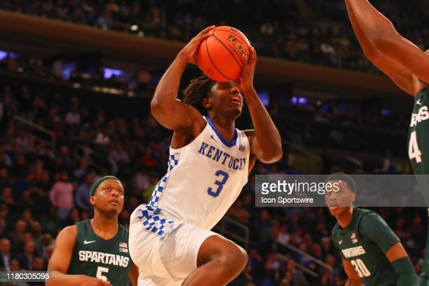 Kentucky Wildcats guard Tyrese Maxey drives during the first half of the 2019 State Farm Champions Classic college basketball game between the...