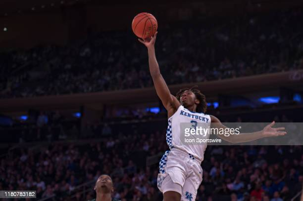 Kentucky Wildcats guard Tyrese Maxey shoots the ball during the State Farm Champions Classic game between the Michigan State Spartans and Kentucky...