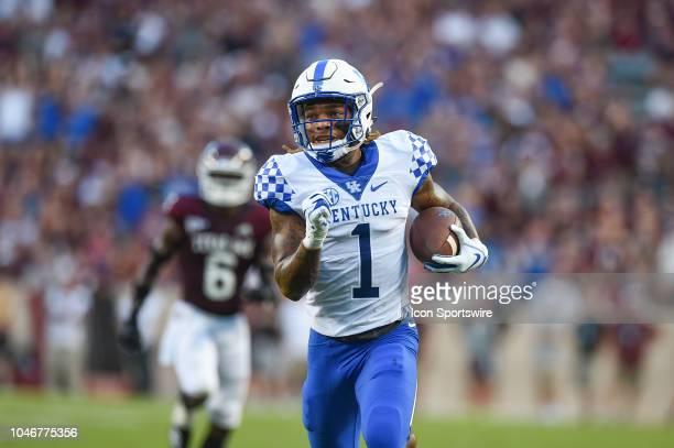 Kentucky Wildcats wide receiver Lynn Bowden Jr runs for a touchdown during the game between the Kentucky Wildcats and Texas AM Aggies on October 6...