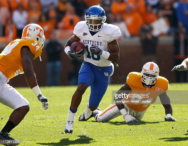 Kentucky Wildcats wide receiver Randall Cobb cuts up field after a catch in the first quarter against Tennessee on Saturday November 27 2010 in...