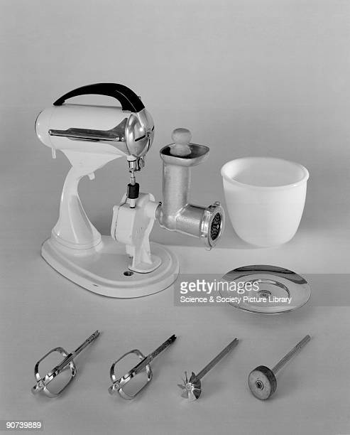 Kenwood model A200 electric food mixer c 1940s The Kenwood A200 was one of the earliest Kenwood food mixers a streamlined casing design with four...