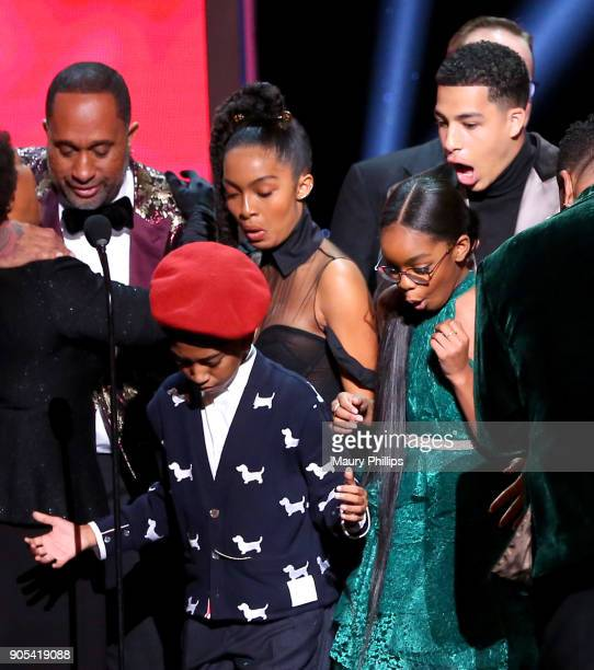 Kenya Barris Miles Brown Yara Shahidi Marsai Martin and Marcus Scribner react after their trophy for the Outstanding Comedy Series award for...