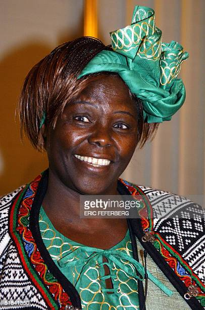 Kenyan ecologist Wangari Maathai poses for photographers at the Nobel institute in Oslo 09 December 2004 on the eve of receiving the 2004 Nobel Peace...