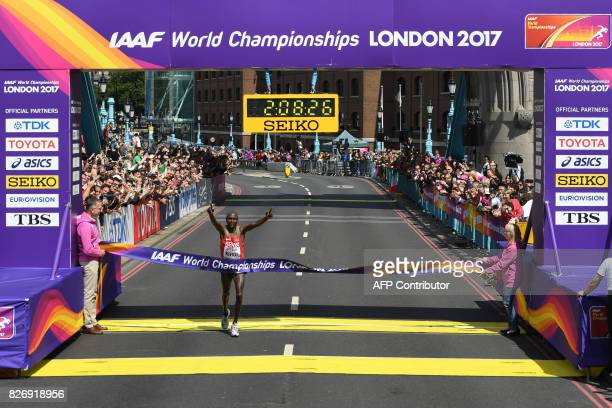 Kenya's Geoffrey Kipkorir Kirui wins the men's marathon athletics event at the 2017 IAAF World Championships in central London on August 6 2017 / AFP...