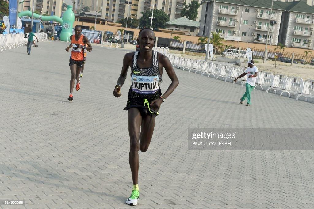 ATHLETICS-NGR-LAGOS-MARATHON : News Photo
