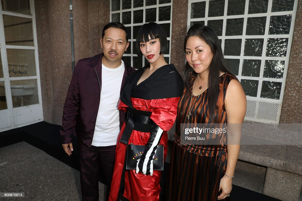Kenzo : Front Row - Paris Fashion Week - Menswear Spring/Summer 2018