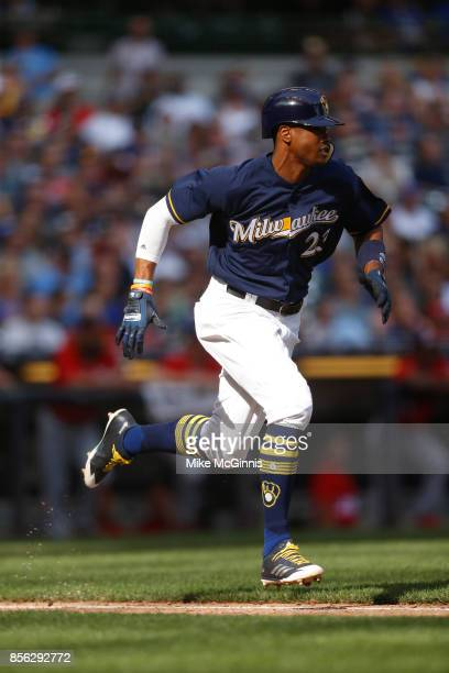 Keon Broxton of the Milwaukee Brewers runs to first base on contact during the game against the Washington Nationals at Miller Park on September 03...
