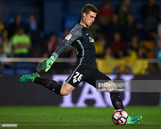 Kepa Arrizabalaga of Athletic Club in action during the La Liga match between Villarreal CF and Athletic Club at Estadio de la Ceramica on April 7...