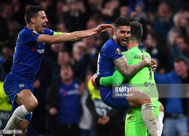 Kepa Arrizabalaga of Chelsea celebrates victory in the penalty shoot out with team mates Emerson and Cesar Azpilicueta during the UEFA Europa League...