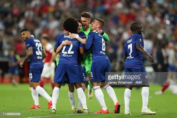 Kepa Arrizabalaga of Chelsea celebrates with team mates after winning the UEFA Europa League Final between Chelsea and Arsenal at Baku Olimpiya...