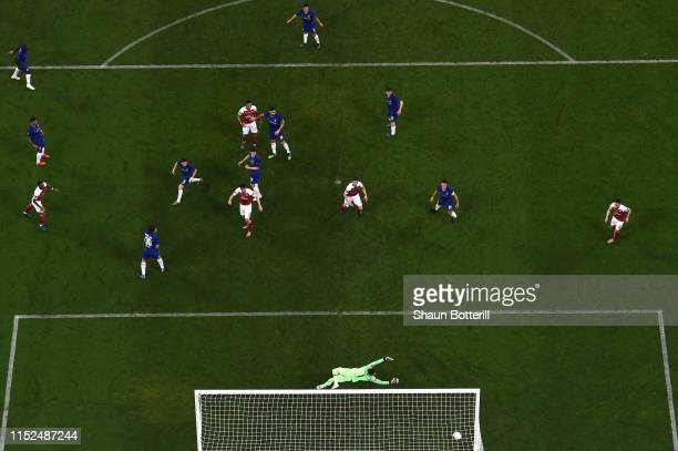 Kepa Arrizabalaga of Chelsea fails to save a shot from Alex Iwobi of Arsenal who scores Arsenal's first goal during the UEFA Europa League Final...