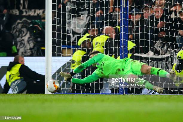Kepa Arrizabalaga of Chelsea saves the penalty of Goncalo Paciencia of Eintracht Frankfurt in the penalty shootout during the UEFA Europa League Semi...