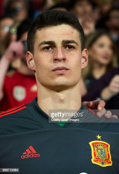 Kepa Arrizabalaga of Spain looks on prior to during the international friendly match between Spain and Argentina at Wanda Metropolitano stadium on...