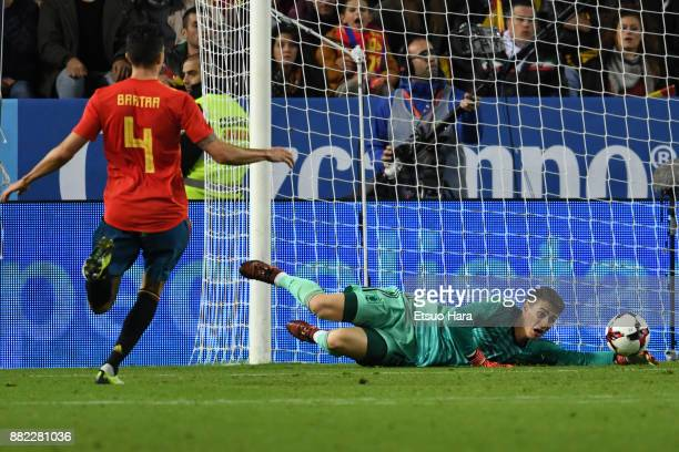 Kepa Arrizabalaga of Spain saves the ball during the international friendly match between Spain and Costa Rica at La Rosaleda Stadium on November 11...