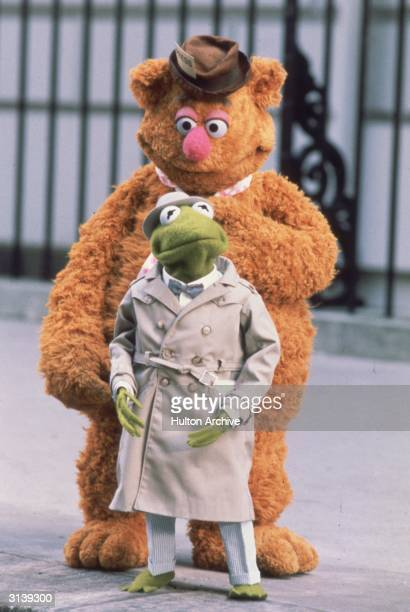 Kermit and Fozzie Bear as a pair of investigative reporters in Jim Henson's 'The Great Muppet Caper'