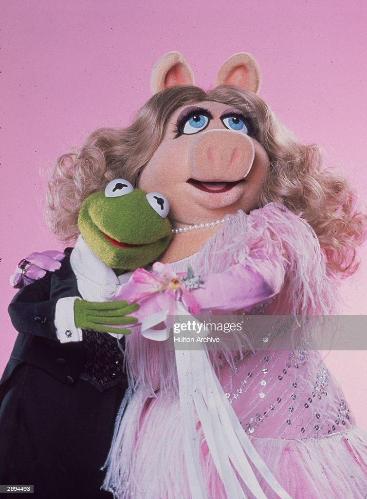 Kermit and Miss Piggy fall head over heels in love in Jim Henson's 'The Great Muppet Caper'.
