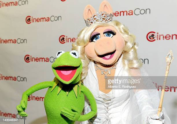 Kermit the Frog and Miss Piggy attend the Walt Disney Studios 2012 Presentation Highlights at CinemaCon on April 24 2012 in Las Vegas Nevada