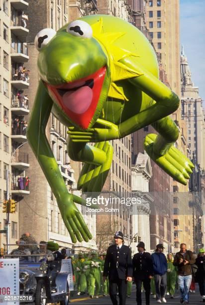 Kermit-the-Frog Balloon