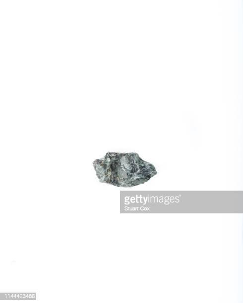 kerolite or cerolite is a metamorphic nickel bearing phyllosilicate mineral variety of talc. - {{asset.href}} stock-fotos und bilder