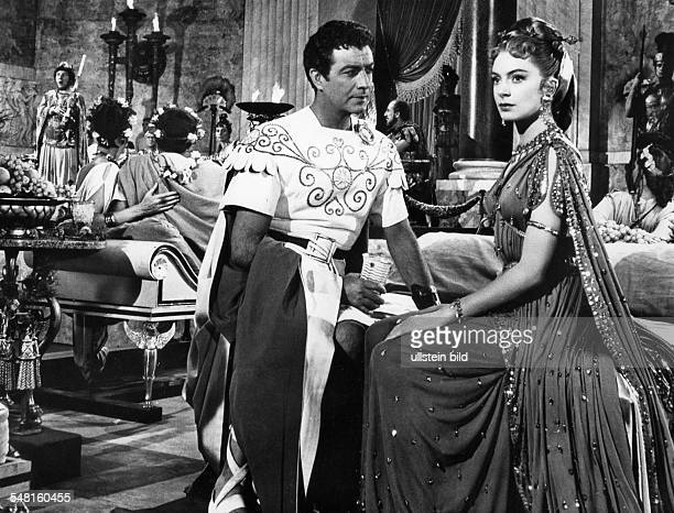 Kerr Deborah Actress Great Britain * with Robert Taylor Scene from the movie 'Quo Vadis' Directed by Mervin LeRoy USA 1951 Produced by Metro Goldwyn...