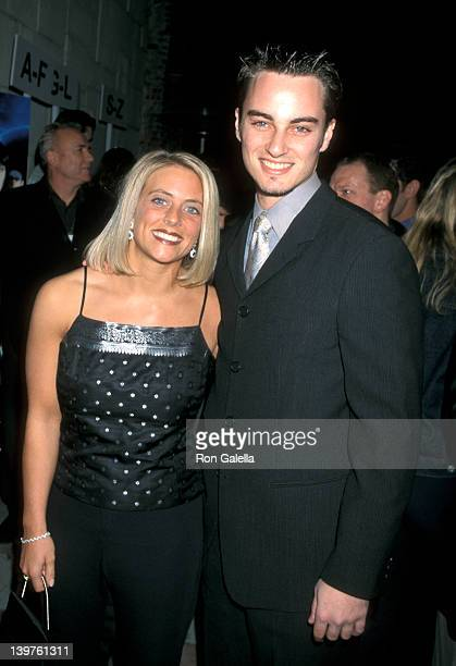 Kerr Smith and sister Allison at the LA Premiere of Final Destination Mann's Festival Theater Westwood