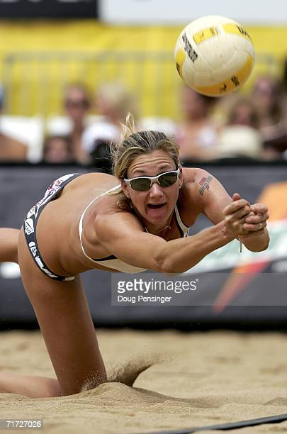 Kerri Walsh digs the ball as she and Misty MayTreanor defeated Tammy Leibl and Dianne DeNecochea in their semifinal match in the AVP Cuervo Gold...