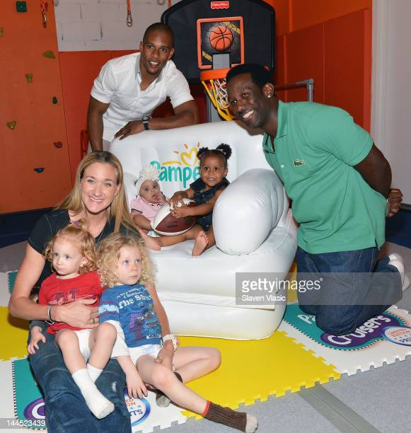 Kerri Walsh with sons Sundance and Joseph Victor Cruz with daughter Kennedy and Boyz II Men singer Shawn Stockman with daughter Brooklyn attend...