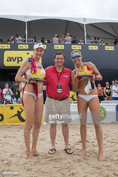 Kerri WalshJennings and April Ross pose with Mayor Michael Yenni at the AVP New Orleans Open at Laketown on May 24 2015 in Kenner Louisiana