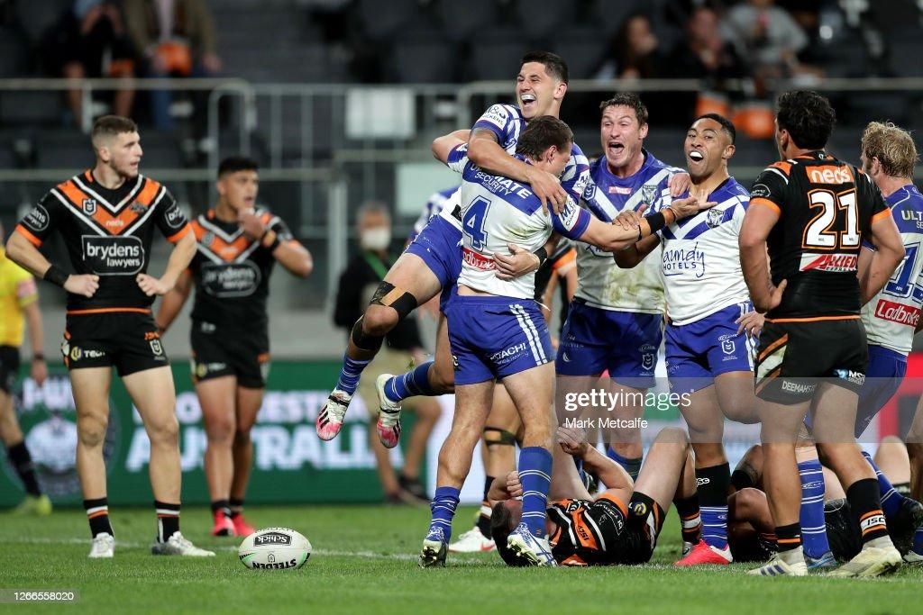 NRL Rd 14 - Tigers v Bulldogs : News Photo