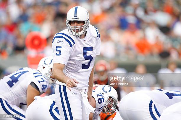 Kerry Collins of the Indianapolis Colts calls a play during the first half of an NFL preseason game against the Cincinnati Bengals at Paul Brown...
