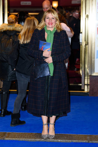 "GBR: ""Mary Poppins"" At Prince Edward Theatre - Photocall"