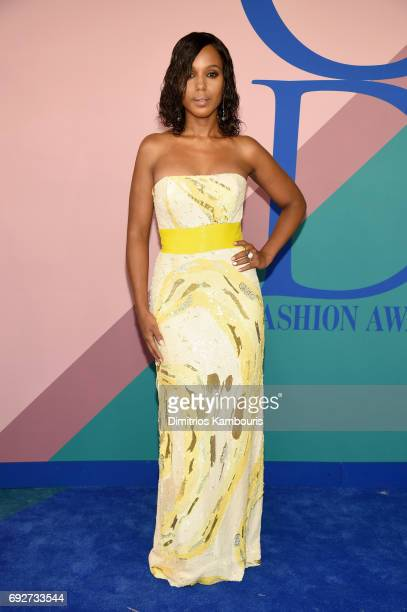 Kerry Washington attends the 2017 CFDA Fashion Awards at Hammerstein Ballroom on June 5 2017 in New York City